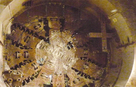 Precise docking of the first TBM at the end of its drive