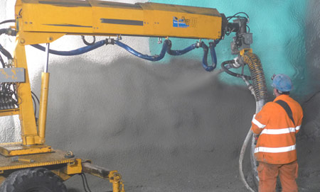 Application of the final permanent shotcrete lining