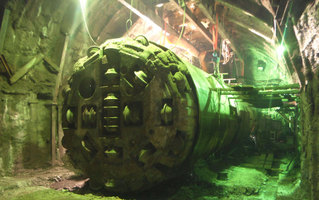 Hand-excavation work to create a trapped TBM recovery chamber