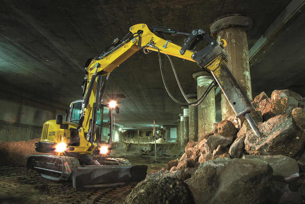 ET90 track excavator saves costs