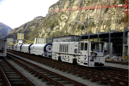 Diesel-hydraulic for the Gotthard Baseline Tunnel in Switzerland