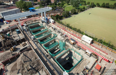 View of the 15m wide x 60m long x 36m deep Stepney Green shaft